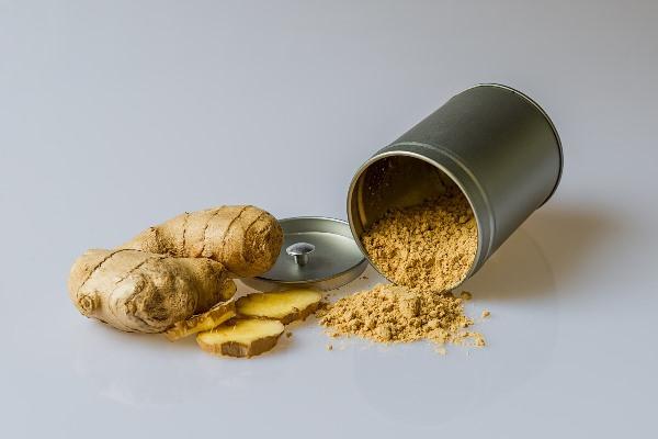 Ginger Rhizome and Powder